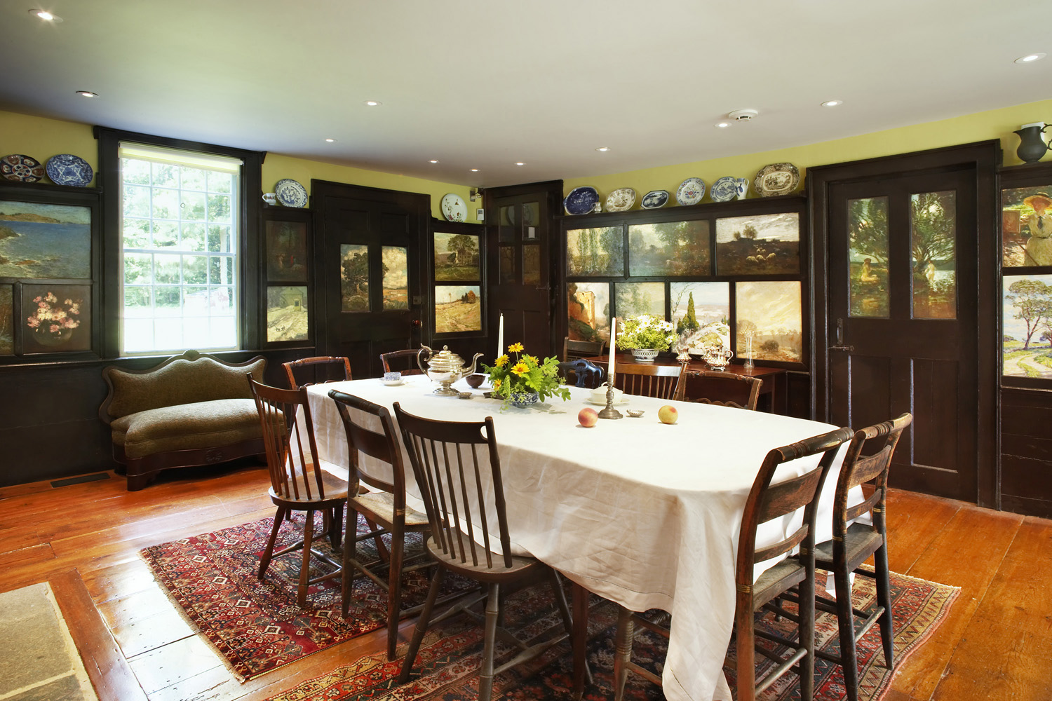 Dining Room of the Florence Griswold house. Credit: Joe Standart.