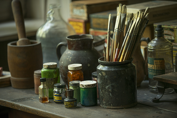 Art supplies in the studio of N.C. Wyeth