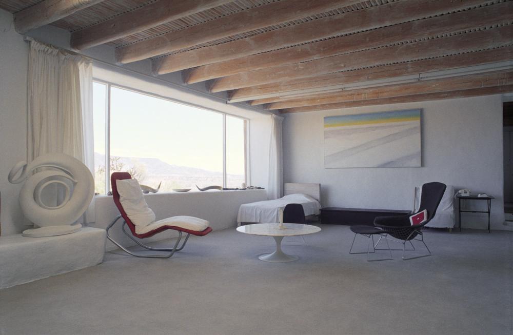 Artistic model homes