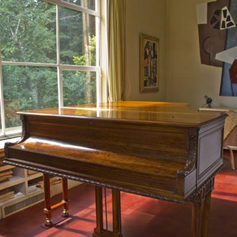 Restored Knabe Piano at Frelinghuysen Morris site