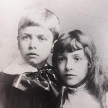 Edward Hopper and his sister Marion, ca. 1890 Courtesy of the Arthayer R. Sanborn Hopper Collection Trust