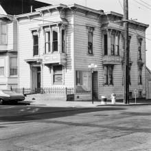 500 Capp Street (archival exterior view), 1976; photo: courtesy The 500 Capp Street Foundation