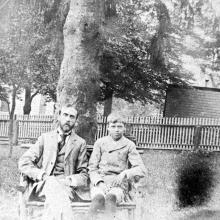 Edward Hopper and his father Garret in the back yard of the Nyack home, ca. 1897. Courtesy of the Arthayer R. Sanborn Hopper Collection Trust