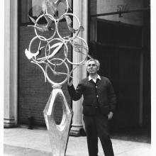 "Chaim Gross with ""Birds of Peace"" in front of 526 LaGuardia Place, the Renee & Chaim Gross Foundation. Credit: © Marvin Bolotsky, 1965."